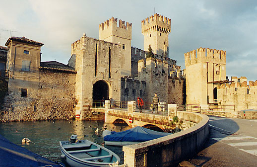 Visiting Lombardy, Castello Sirmione